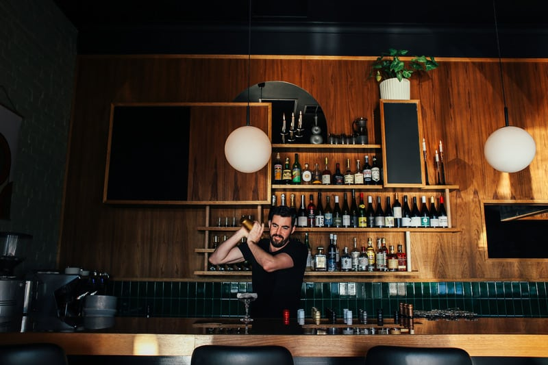 11dining, bars, and nightclubs in Charlevoix